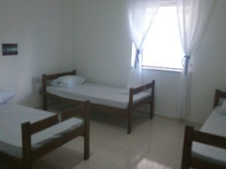 Dormitory with 3 beds: Bedroom 2