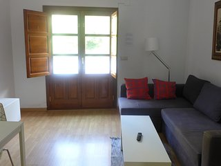 In the center of Granada with Air conditioning, Lift, Terrace, Washing machine (