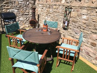 Bill's Rest at The Cottage, A Gateway to the Lakes and Dales, also Pet Friendly