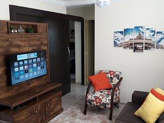 Apartamento 3 quartos confortável Wi Fi perto Praia Clube e centro Uberlândia