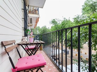 Apartment 127 m from the center of Seville with Internet, Air conditioning, Lift