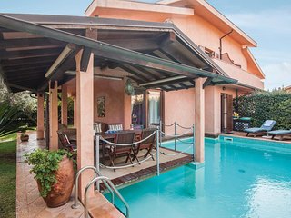 4 bedroom Villa in Nunziatella, Tuscany, Italy - 5574150