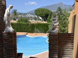House in Marbella with Internet, Pool, Air conditioning, Parking (456042)