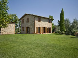 4 bedroom Villa in Palaia, Tuscany, Italy : ref 5239279