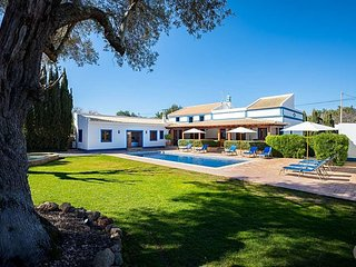 4 bedroom Villa in Malhadais, Faro, Portugal - 5433073