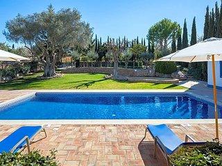 Malhadais Villa Sleeps 10 with Pool Air Con and WiFi - 5433073