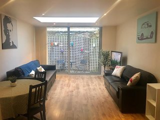 In London with Internet, Lift, Terrace, Washing machine (712359)