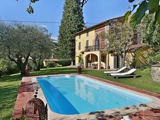 7 bedroom Villa in Piaggiori, Tuscany, Italy : ref 5241159