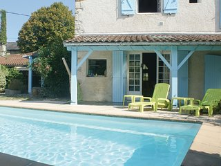 4 bedroom Villa in Escos, Nouvelle-Aquitaine, France : ref 5537876