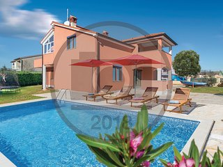 3 bedroom Villa in Ližnjan, Istria, Croatia : ref 5532293