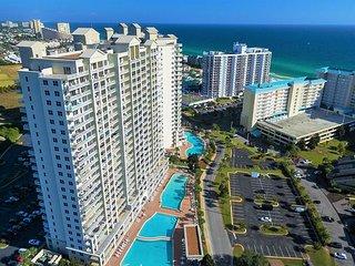 GULF VIEW 9th FLR Condo *Resort w/ Pool/Spa, Gym, Near Beach + FREE VIP Perks