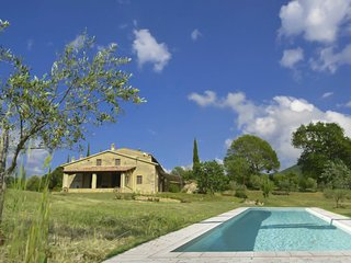 3 bedroom Villa in Villa Basilica, Tuscany, Italy : ref 5579557