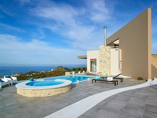 5 bedroom Villa in Lygaria, Crete, Greece - 5502946