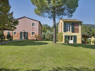 5 bedroom Villa in Mutigliano, Tuscany, Italy : ref 5240536