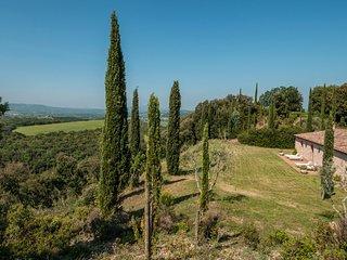 6 bedroom Villa in Camigliano, Tuscany, Italy : ref 5239281