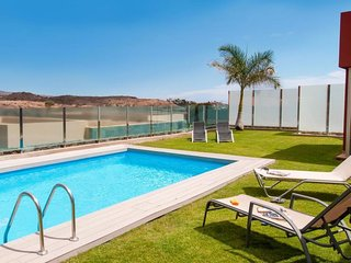 2 bedroom Villa in Maspalomas, Canary Islands, Spain : ref 5061672