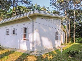 4 bedroom Villa in Lignano Riviera, Friuli Venezia Giulia, Italy : ref 5551387