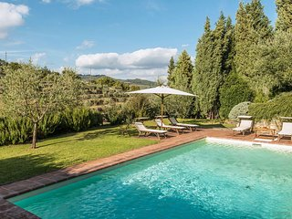 5 bedroom Villa in Radda in Chianti, Tuscany, Italy : ref 5239253