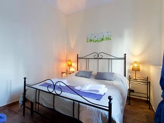 In the center of Palermo with Internet, Air conditioning, Balcony, Washing machi