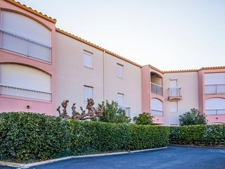 3 bedroom Apartment in Le Cap D'Agde, Occitania, France : ref 5312157