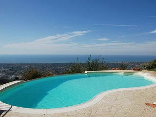 Canal d'Oro Villa Sleeps 8 with Pool and WiFi - 5696027