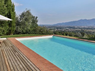 3 bedroom Villa in Mutigliano, Tuscany, Italy - 5241160