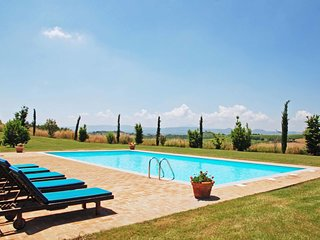 8 bedroom Villa in Gabbiano, Tuscany, Italy : ref 5239260