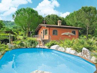 3 bedroom Villa in Pontemazzori, Tuscany, Italy : ref 5447612