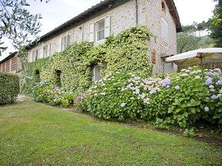 4 bedroom Villa in Guamo, Tuscany, Italy : ref 5239269