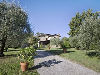 4 bedroom Villa in San Leonardo, Tuscany, Italy - 5239250
