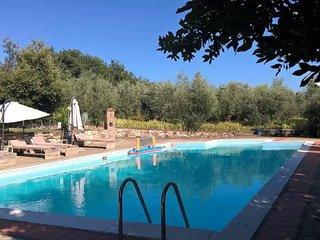 6 bedroom Villa in Castelluccio, Tuscany, Italy : ref 5582323
