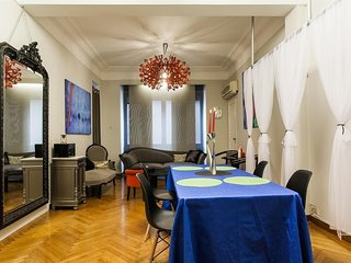 In the center of Athens with Internet, Air conditioning, Lift, Washing machine (
