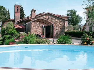 3 bedroom Villa in San Gimignano, Tuscany, Italy : ref 5447520