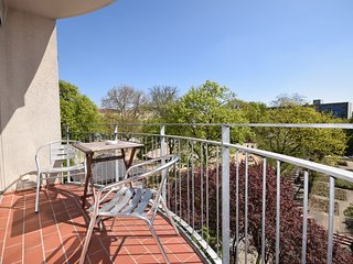 458 m from the center of Berlin with Internet, Lift, Balcony, Washing machine (2