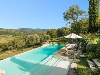 Lucarelli Villa Sleeps 10 with Pool - 5695985