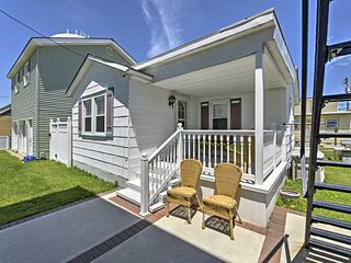 New! Cozy 1BR Wildwood Cottage - Walk to Beach!