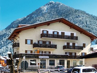 4 bedroom Apartment in Pozza di Fassa, Trentino-Alto Adige, Italy : ref 5437835