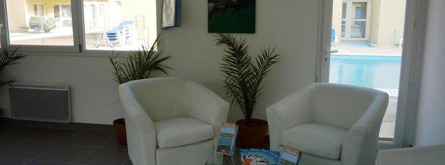Adonis Grandcamp lounge