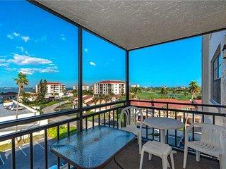 Casa Del Mar H-503, 1 Bedroom, Bay Front, Pool Access, Spa, Sleeps 4 - Condo