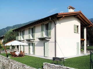 4 bedroom Villa in Lenno, Lombardy, Italy : ref 5436836
