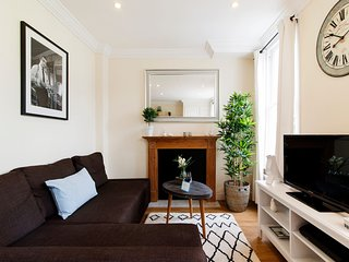 Apartment in London with Internet, Washing machine (20015)