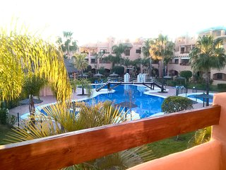 Hacienda del sol brand new Apt by the sea, southwest pool views Puerto Banus