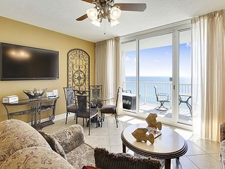 2bd/2ba~FREE Activities & FREE beach chairs~Perfect Luxury Vacation Rental!
