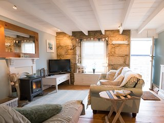 Armadale authentic fisherman's cottage boutique retreat in heart of Mousehole