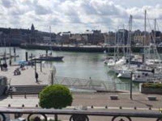 Le Galion vue sur le port de plaisance