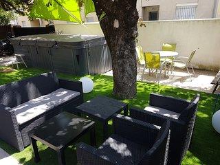 charmante maison + jardin spa balneo a 300m du centre ville
