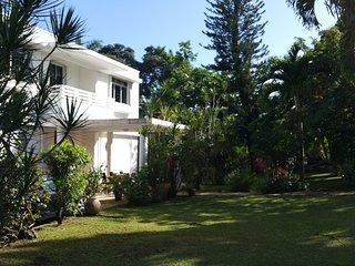 Habitation Villa Les Cassias