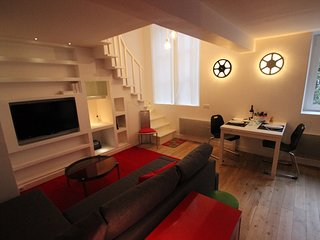 942 m from the center of Paris with Internet, Lift, Washing machine (27179)