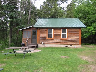 Flambeau Forest Resort - Cabin #8