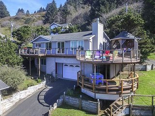 Wonderful Home with Two Unique Circular Decks, Hot Tub, One Block from Beach
